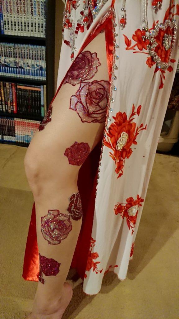 ボディージュエリー赤い薔薇
