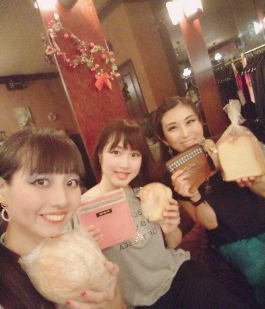 7/13スナックMORE お食事